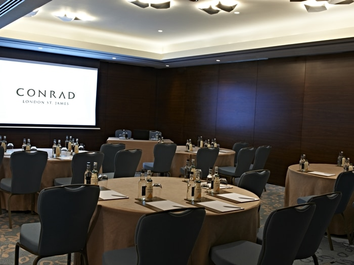 st james housesalford meeting rooms Host your next meeting or event in one of our twelve elegant function rooms at the heart of this historic 5-star hotel in london's st james's district.